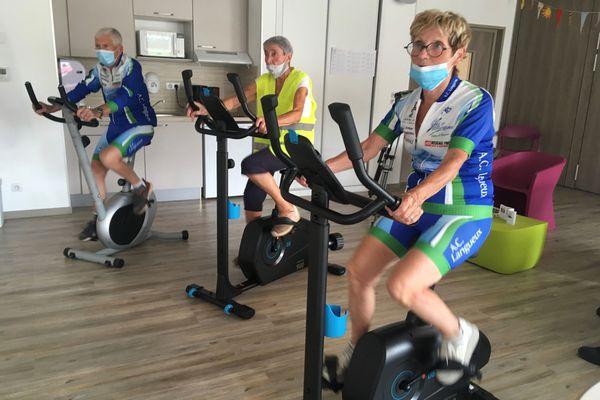 Solide maillot jaune, Madeleine enchaîne les kilomètres à son rythme